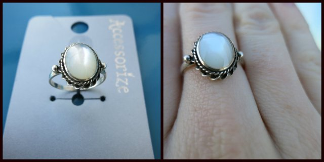 Accessorize oval ring