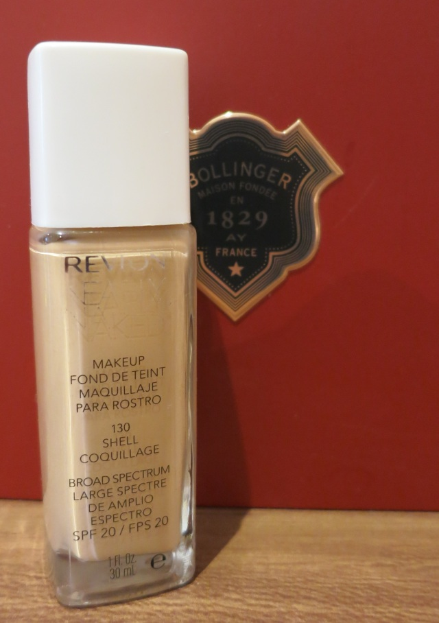 Revlon Nearly Naked Foundation 130 Shell Coquillage